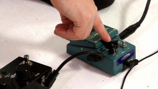 ZD. How to Understand Tremolo Pedal Settings Promo Image