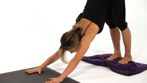 ZK. How to Prepare to Do a Press Handstand in Yoga Promo Image