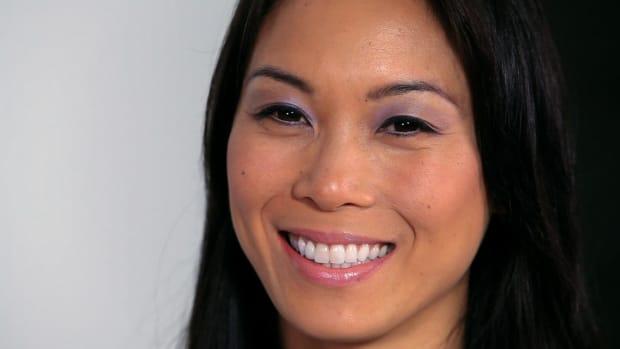 U. Taupe & Purple Makeup for Asian Eyes Promo Image