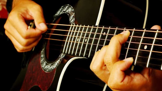 P. How to Fingerpick Guitar Chords Promo Image