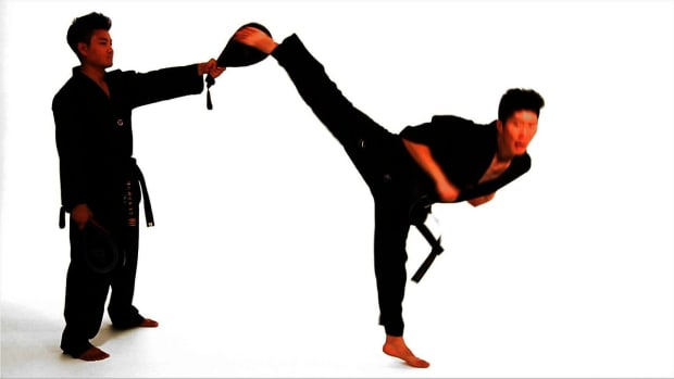 W. How to Do a Spinning Hook Kick in Taekwondo Promo Image