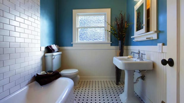 ZQ. How to Decorate a Bathroom on a Budget Promo Image