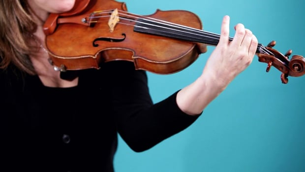 X. How to Position Your Left Arm on a Violin Promo Image