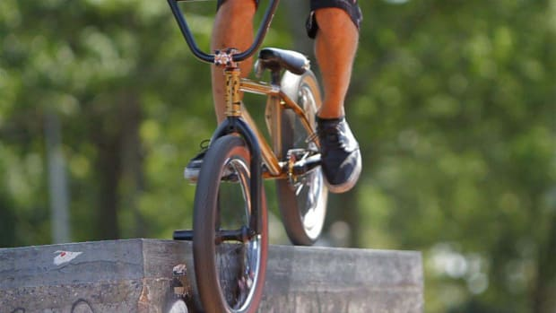 G. How to Do a Smith Grind on a BMX Promo Image