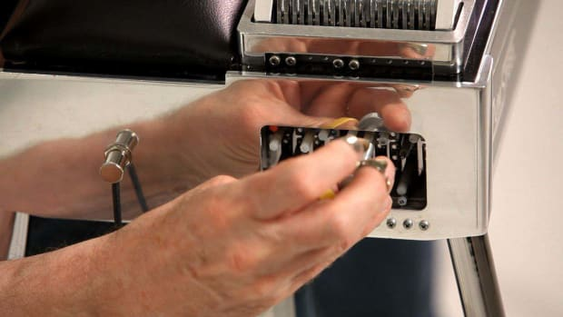 T. How to Tune the Knee Levers on a Pedal Steel Guitar Promo Image