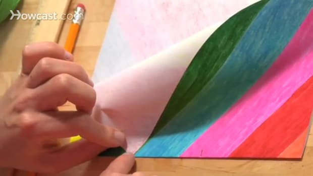 K. كيف نصنع طائرة ورقية بسيطة Promo Image