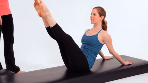 ZZI. How to Do Hip Circles in Pilates Promo Image