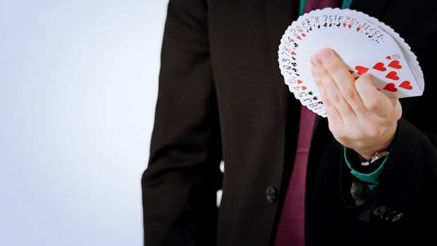 I. How to Close a Fan Card Flourish with One Hand Promo Image