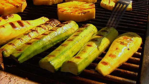 T. How to Make Grilled Zucchini & Summer Squash Promo Image