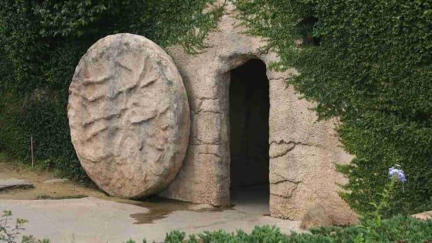 W. Jesus' Resurrection in the Bible Promo Image