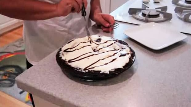 L. How to Make Mississippi Mud Pie Promo Image