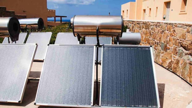 M. What Is a Solar Water Heater? Promo Image
