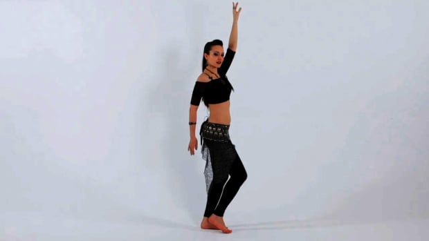 X. How to Do Vertical Hip Circles in Belly Dancing Promo Image