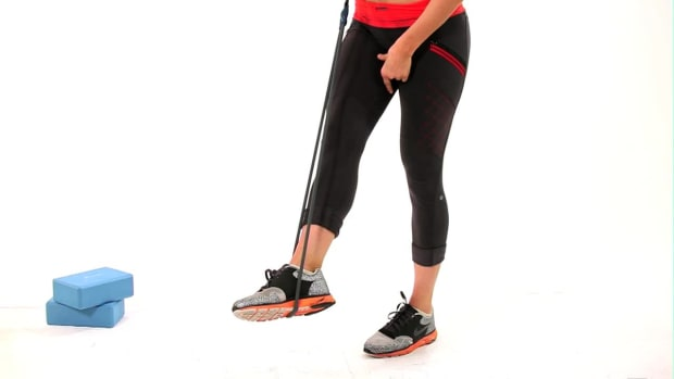 ZK. How to Work Your Inner Thighs with a Resistance Band Promo Image