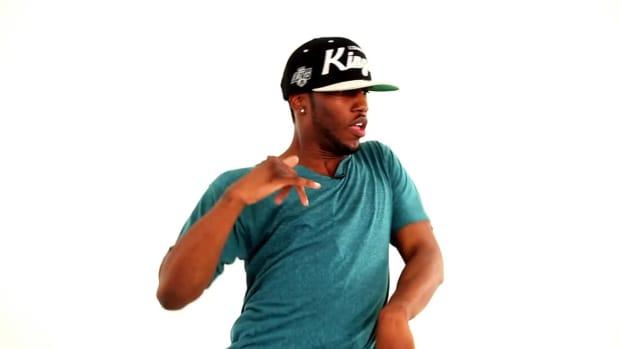 L. How to Do a Hip-Hop Krumping Chest Pop Promo Image