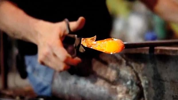 Q. How to Use Diamond & Straight Shears in Glassblowing Promo Image