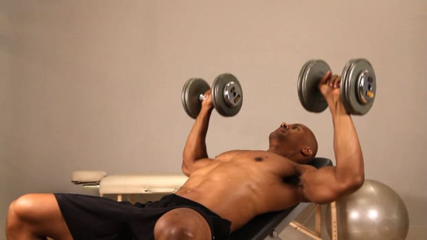 O. How to Do an Incline Dumbbell Bench Press Promo Image