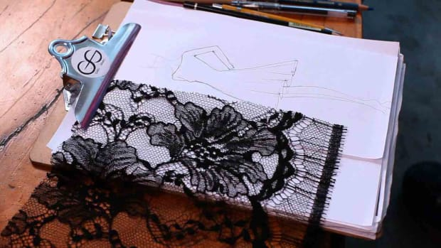 O. How to Draw Lace for a Fashion Sketch Promo Image