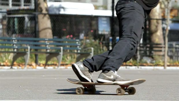 G. How to Do a Toeside Check Slide on a Skateboard Promo Image