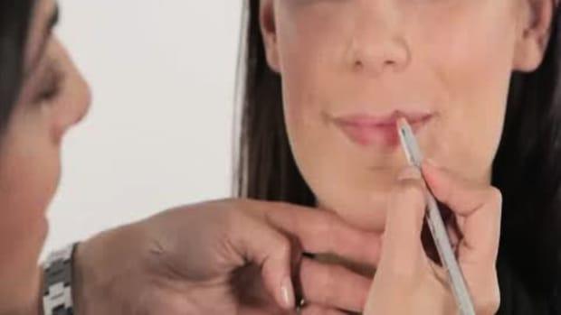 ZD. 4 Tips for Fuller Lips Promo Image