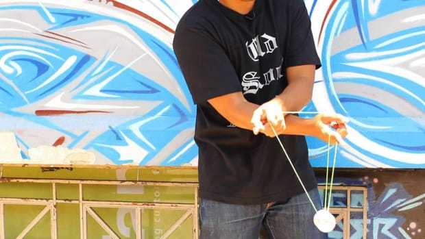 U. How to Do the Kwijibo Yo-Yo Trick Promo Image