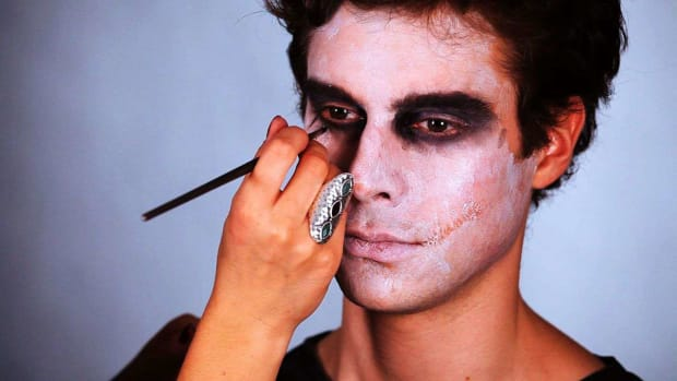 How To Do Special Effects Makeup Howcast
