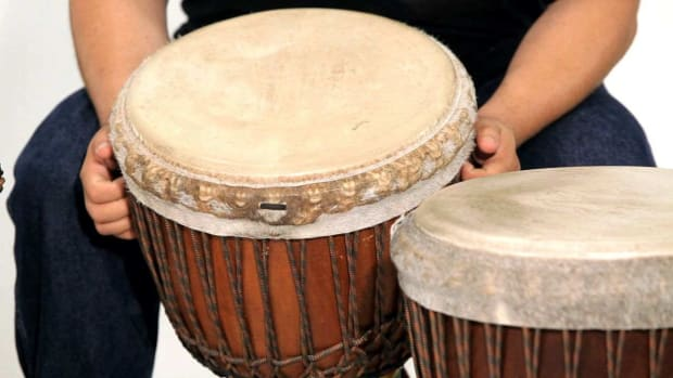 R. How to Pick a Djembe Drum Promo Image