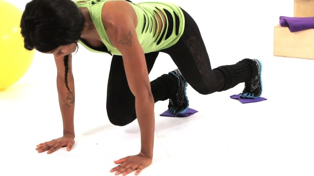 ZF. Top 3 Ab Exercises Using Slider Promo Image