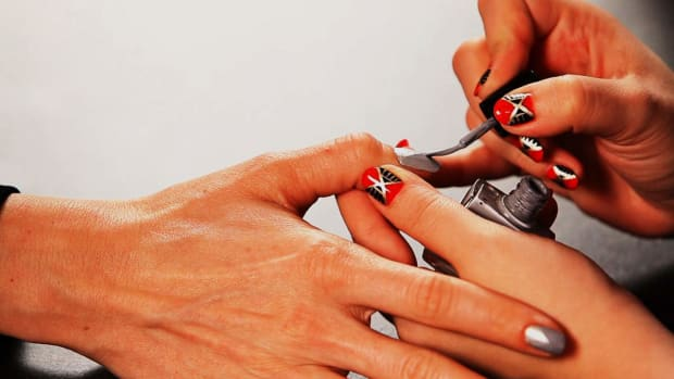 H. How to Do a Pyramid Nail Design Promo Image
