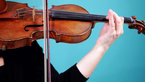 ZM. How to Play an E String on Violin Promo Image