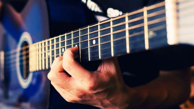 J. How to Play a Pull-Off on Fingerstyle Guitar Promo Image