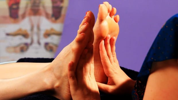 F. How to Begin a Foot Reflexology Session Promo Image