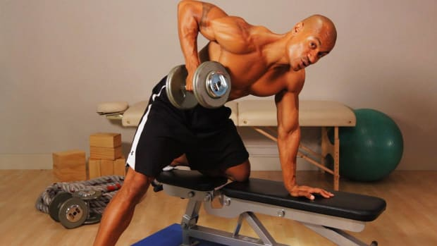 I. How to Do a Dumbbell Row for a Back Workout Promo Image