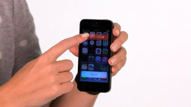 ZT. How to Turn Off an iPhone Promo Image