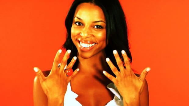 L. Quick Tips: How to Apply Nail Polish More Neatly Promo Image