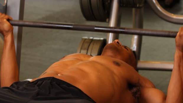 ZF. How to Do a Wide Reverse Grip Bench Press Promo Image