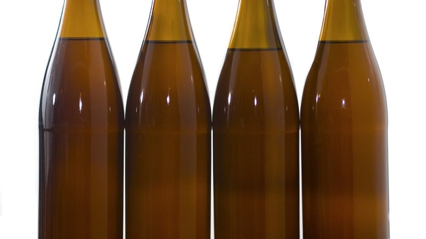 E. What Are the Best Beer Bottles to Use for Home Brewing? Promo Image