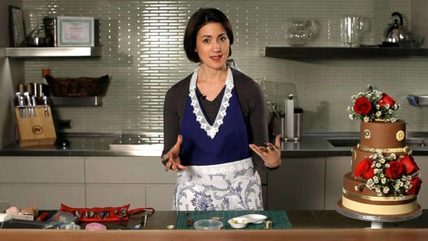 U. How to Work with Your Wedding Cake Designer Promo Image