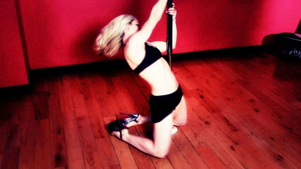 N. How to Do a USPDF Amateur Compulsory Pole Dance Spin Promo Image