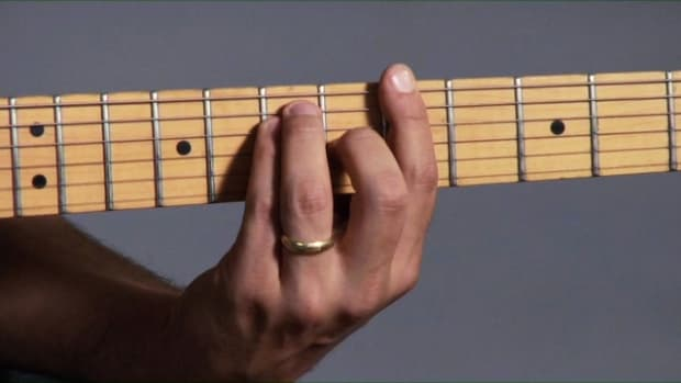 ZZW. Introduction to Barre Chords on Guitar Promo Image