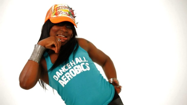 ZI. How to Do the Hot Wuk in Reggae Dancehall Promo Image