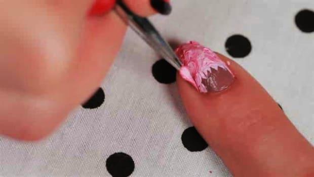 B. How to Get Nails like Nicki Minaj Promo Image