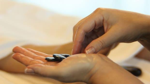 F. How to Pick a Hot Stone Massage Kit Promo Image