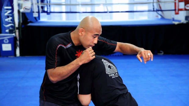 L. 5 Weave Basics for MMA Fighting Promo Image