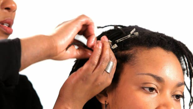 A. How to Get Dreads with the Twist & Pin Method Promo Image