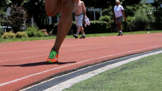 U. How to Train for a 200-Meter Dash Promo Image