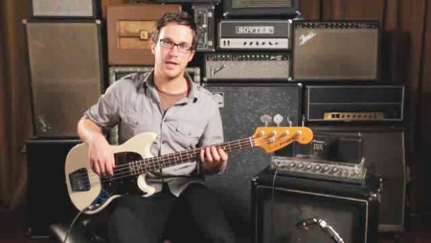 ZZW. How to Play a Minor 7th Chord on Bass Guitar Promo Image