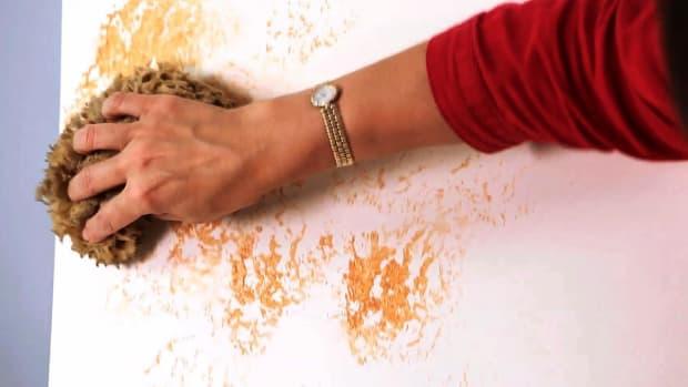 A. How to Sponge Paint a Wall Promo Image