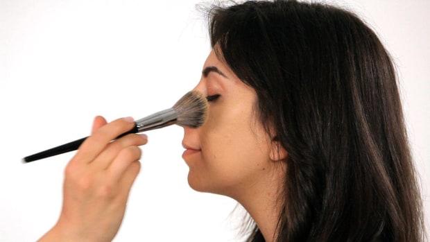 D. Top 5 Makeup Mistakes Promo Image
