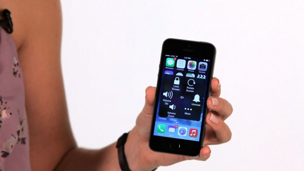 ZD. How to Use AssistiveTouch on an iPhone Promo Image
